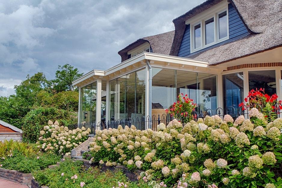 Glazen schuifwanden voor veranda